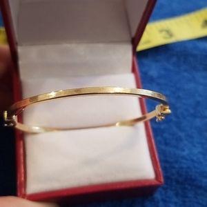 14k Vintage yellow gold baby bangle